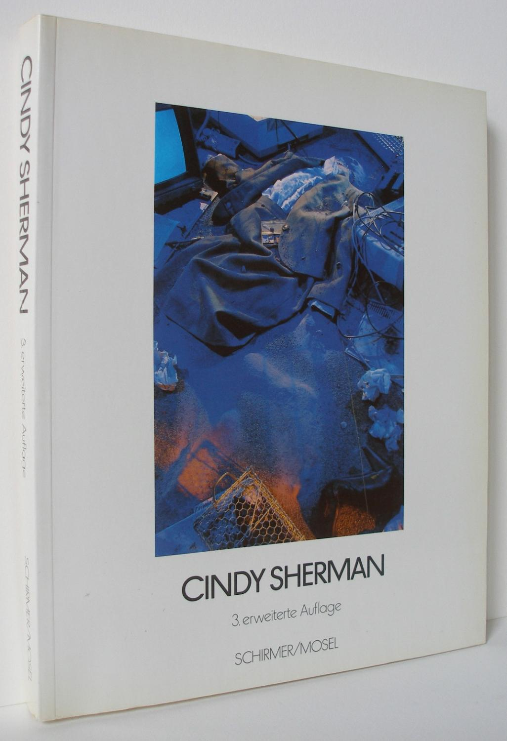 Cindy Sherman (3. erweiterte Auflage) - SHERMAN, Cindy (with text by Els Barents and Peter Schjeldahl)